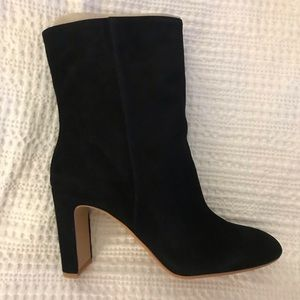 Dolce Vita Black Suede Chase Bootie, size 8 1/2